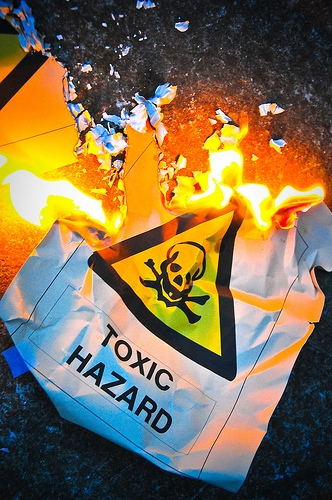 Toxic Work Environment 5 Signs Your Office Is a Toxic Work Environment (And What to Do About It)